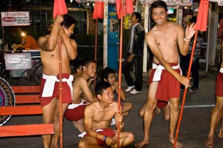 thaimassage göteborg happy ending bondage set